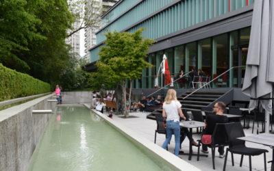 Vernissage WKKK, Blick auf die Restaurant-Terrasse
